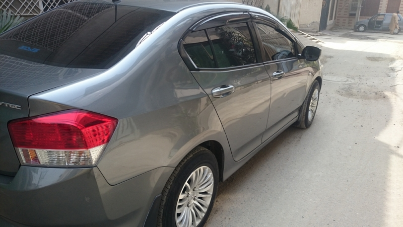 2015 honda city for sale in lahore
