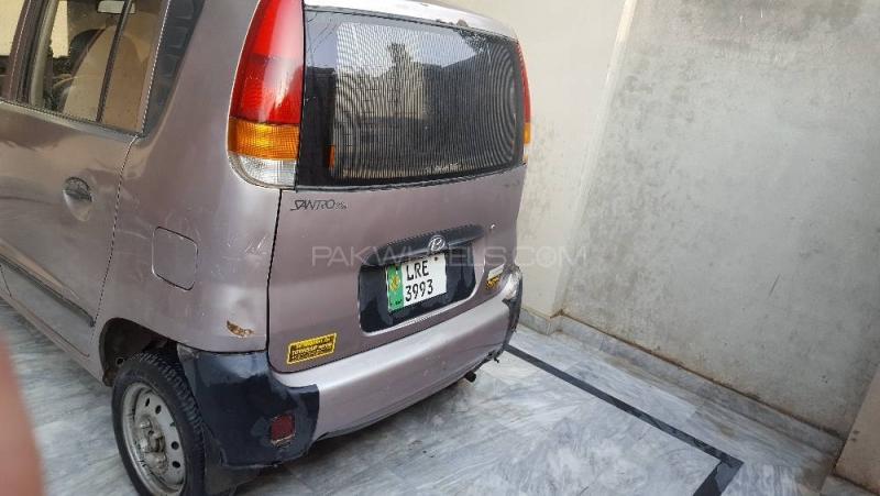 car hyundai santro club 2002 lahore 26574