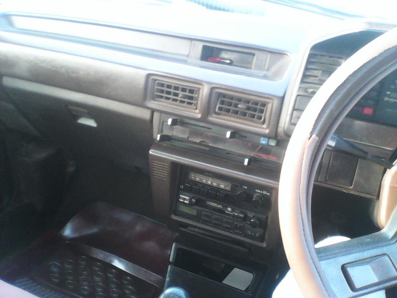 car toyota corolla gli 1986 karachi 25558