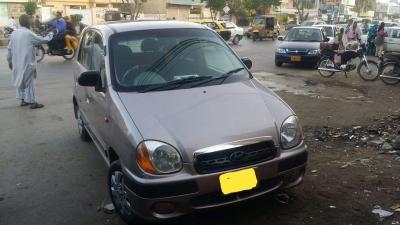 car hyundai santro exec 2004 karachi 25784