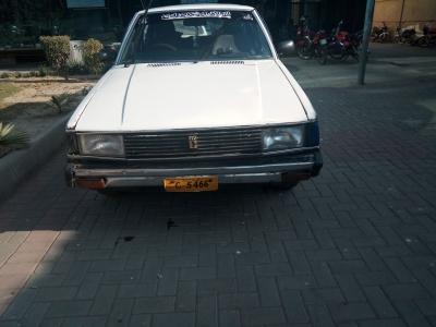 car toyota corolla gli 1982 lahore 26865