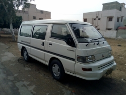 Car Mitsubishi L 300 2005 Karachi