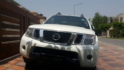 Buy Used Nissan Path Finder Car
