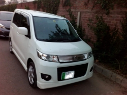 Car Suzuki Wagon R STINGRAY 2015 Lahore