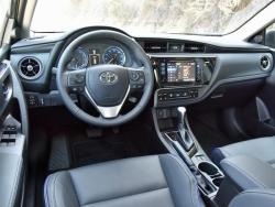 Car Toyota Corolla 2017 Karachi
