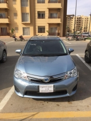 Car Toyota Corolla Axio 2014 Karachi