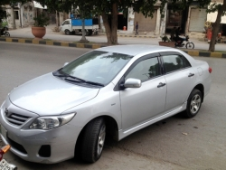 Car Toyota Corolla gli 2011 Lahore