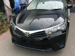 Car Toyota Corolla gli 2013 Islamabad-Rawalpindi
