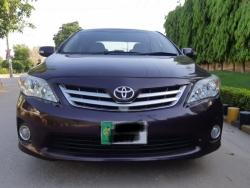 Car Toyota Corolla gli 2013 Taxila