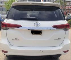 Car Toyota Fortuner 2017 Karachi