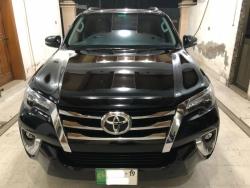 Car Toyota Fortuner 2019 Lahore