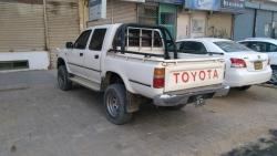 Car Toyota Hilux 1996 Karachi