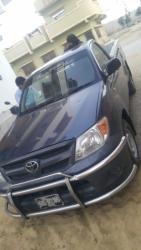 Car Toyota Hilux 2011 Karachi