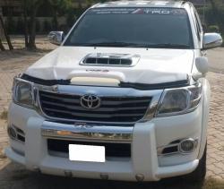 Car Toyota Hilux 2011 Islamabad-Rawalpindi