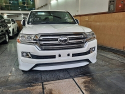 Car Toyota Land cruiser 2015 Lahore