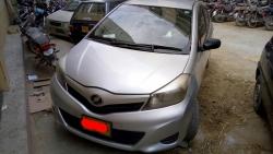 Car Toyota Vitz 2012 Karachi