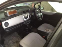 car toyota vitz 2012 lahore 26318