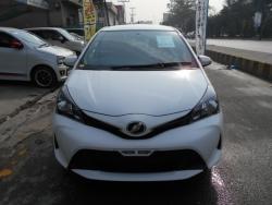 Car Toyota Vitz 2015 Lahore